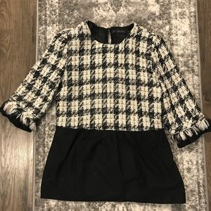 """Zara Houndstooth """"Wool"""" Top. Size S. B&W and gold"""